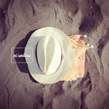 laninasinnombre_sombrero